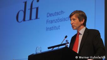 Ο Φρανκ Μπάασνερ, διευθυντής του Γερμανογαλλικού Ινστιτούτου στο Λούντβιχσμπουργκ, επικροτεί τη νέα βούληση για συνεργασία
