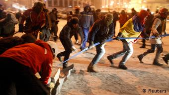 Kyiv protests, barricades Photo: REUTERS/Vasily Fedosenko