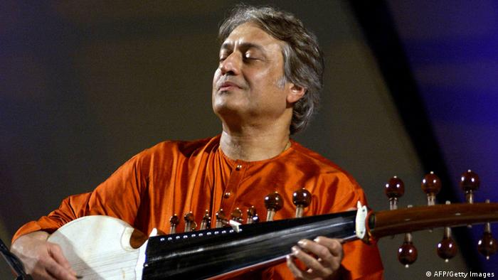 Amjad Ali Khan (AFP/Getty Images)