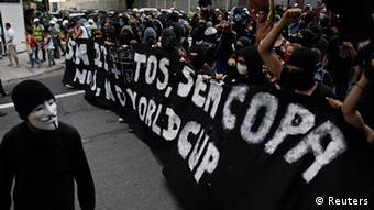 Διαδηλώσεις εναντίον του Μουντιάλ στο Σάο Πάολο.