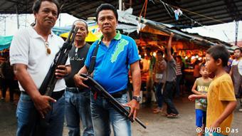 Heavy military presence, check points, gun bans are common in Mindanao (Photo: DW/ Bijoyeta Das, Philippinen)