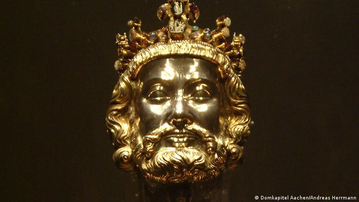 A bust of Charlemagne wearing