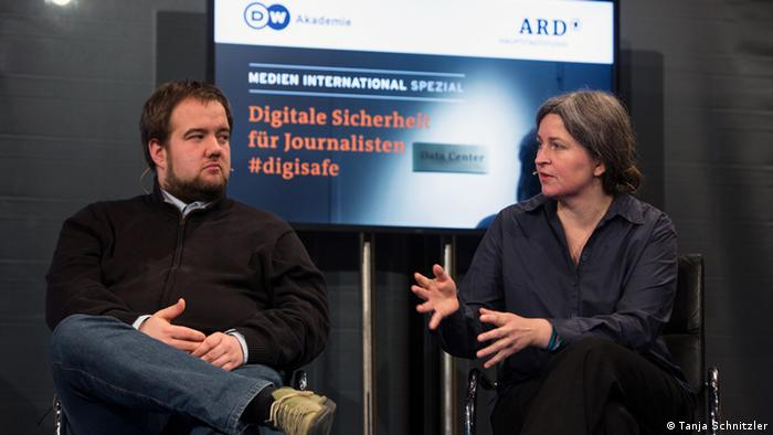 Anne Roth (right), NGO Tactical Technology Collective and Malte Spitz, member of parliament for Germany's Green party (photo: Tanja Schnitzler).