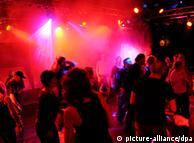 Strah od odlaska u klubove