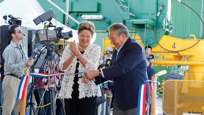 Predsjednica Brazila Dilma Rousseff i Raul Castro u Havani