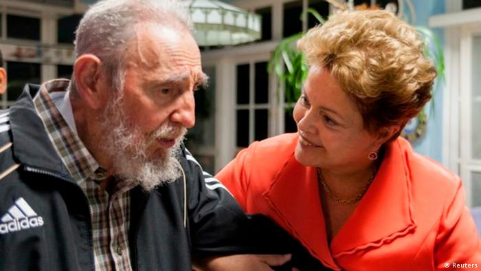 Brasiliens Präsidentin Dilma Rousseff mit dem Kubanischen Diktator Fidel Castro (Bild: Reuters)