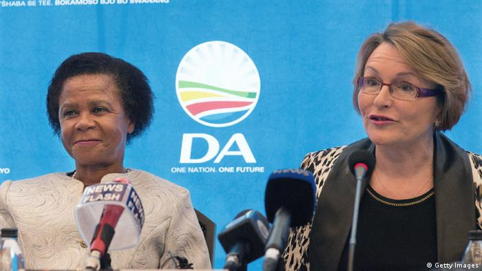 Helen Zille and Mamphela Ramphele speak at a press conference on January 28, 2014. Photo: RODGER BOSCH/AFP/Getty