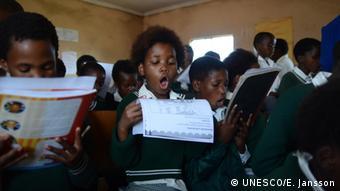Σε πολλές περιοχές του κόσμου οι δάσκαλοι χρειάζονται καλύτερη εκπαίδευση