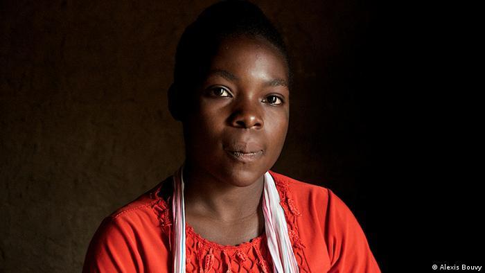 Porträt einer jungen Frau (Foto: Alexis Bouvy)