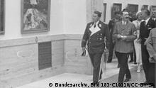 Hitler und Göring im Haus der Deutschen Kunst 1937