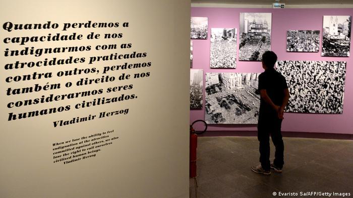 Exposição Resistir é preciso, criada pelo Instituto Vladimir Herzog em 2013