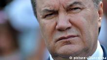 ARCHIV - Der ukrainische Präsident Viktor Janukowitsch, aufgenommen am 22.10.2011 während eines Besuchs in Havanna (Kuba). Der prorussische Präsiden hat nach einem Treffen mit dem proeuropäischen Oppositionspolitiker und Ex-Boxweltmeister Klitschko die Gründung einer Krisen-Kommission angekündigt. Foto: Alejandro Ernesto/dpa (zu dpa 0245 vom 20.01.2014) +++(c) dpa - Bildfunk+++