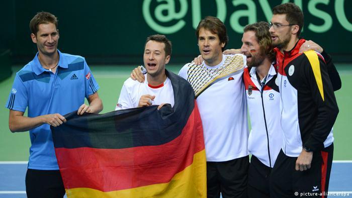 Dtb Team Erreicht Davis Cup Viertelfinale Sport News Dw 01022014