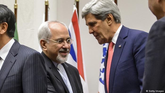 Javad Zarif und John Kerry at Munich Security Conference.