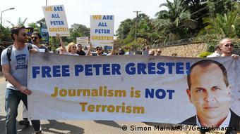 Kenia Protest gegen Inhaftierung von Journalist Peter Greste