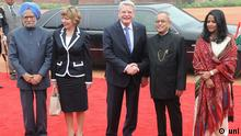 NEW DELHI FEB 5 UNI :- German President Joachim Gauck being received by President Pranab Mukherjee and Prime Minister Manmohan Singhfor a ceremonial reception at Rashtrapati Bhavan in New Delhi on Wednesday UNI PHOTO-7U Date/ Time: 13:57:18 PM Country: india