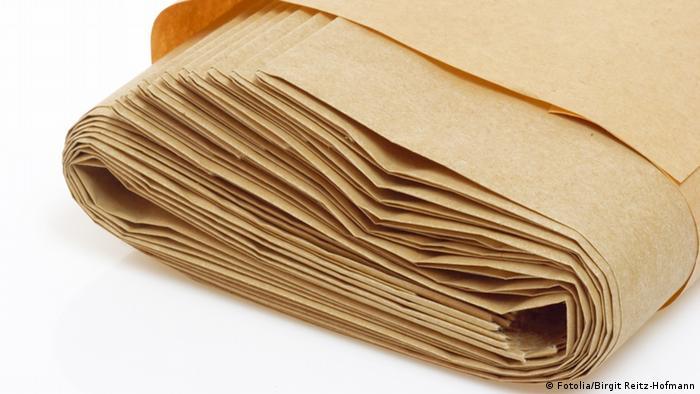 gestapelte Papiertüten