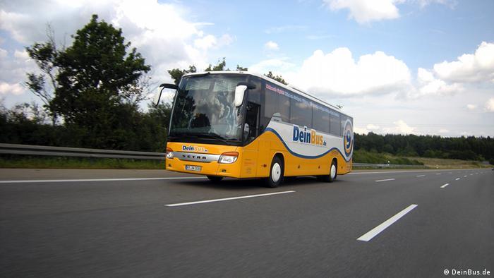 Автобус фирмы DeinBus