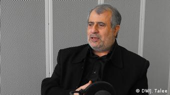 Hassan Yussefi Eshkevari Interview (DW/J. Talee)