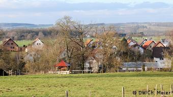 Landschaftsaufnahme vom Dorf Wimbern in Nordrhein-Westfalen (Foto: Christian Meier)