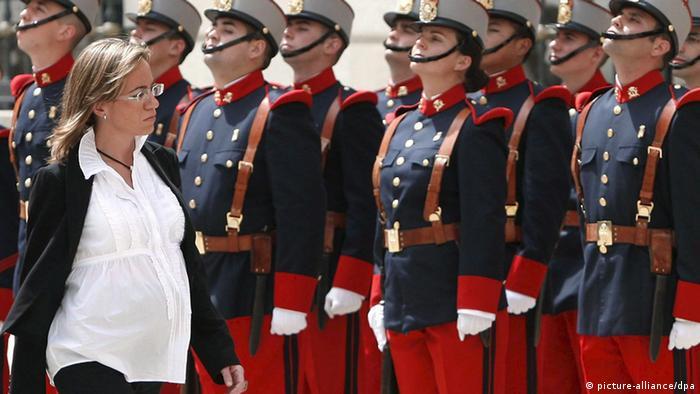 Carme Chacon Spanien Verteidigungsministerin (picture-alliance/dpa)