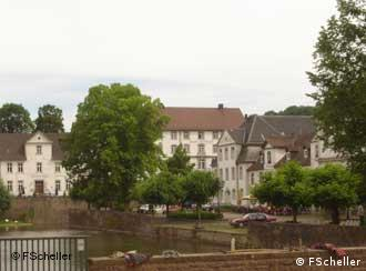 Bad Karlshafen fue fundada por el conde Carlos en el siglo XVII.