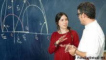 Studentin und Professor