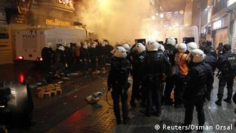 Police and protesters on the streets of Istanbul
