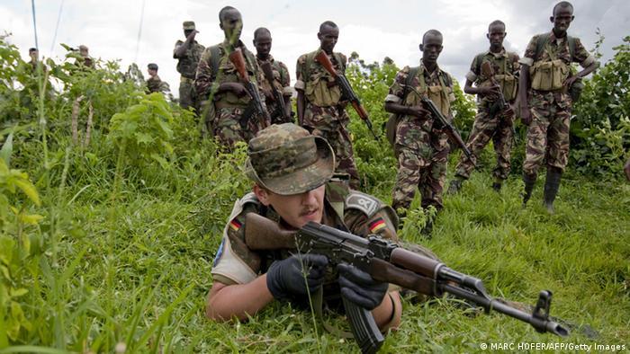 Afrika Bundeswehr bildet somalische Soldaten in Uganda aus