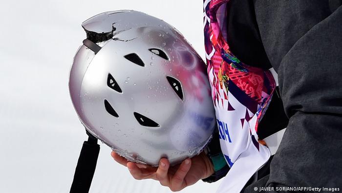 Olympia Winterspiele in Sotschi 2014 Slopestyle Sarka Pancochova Sturz