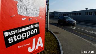 SVP Schweiz Immigration Masseneinwanderung Plakat 2014