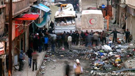 Syrien - Erster Hilfskonvoi erreicht belagerte Altstadt von Homs