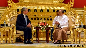 A handout picture provided by the Myanmar News Agency (MNA) shows Myanmar president Thein Sein (R) talks with German President Joachim Gauck (L) during the meeting at the president house in Naypyitaw, Myanmar, 10 February 2014.