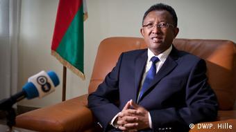 Bildergalerie Herausforderungen für Madagaskars neuen Präsidenten Hery Rajaonarimampianina