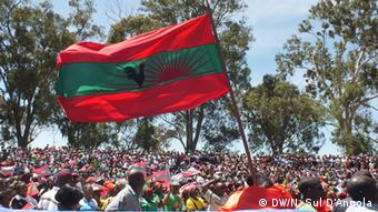 UNITA Flagge auf einer Kundgebung in Huambo in Angola