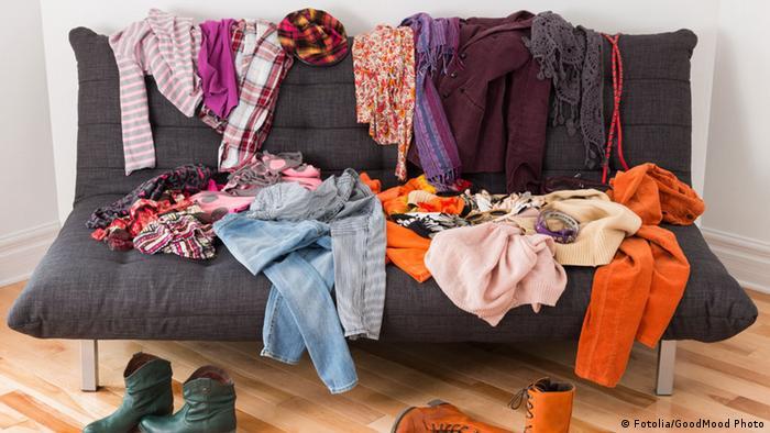 Kleidung Haufen Kleider