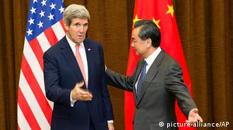 China USA Außenminister John Kerry bei Wang Yi in Peking
