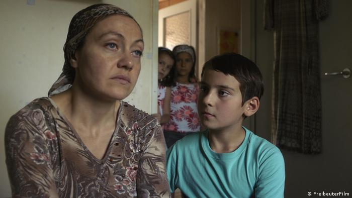 ماکوندو نخستین فیلم سینمایی سودابه مرتضایی، فیلمساز ایرانی مقیم اتریش نیز در بخش رقابتی برلیناله ۲۰۱۴ حضور داشت. این فیلم روایتی ساده از زندگی روزمره یک خانواده چچن است که در آرامش و سکون در حاشیه وین زندگی میکند. هدف مرتضایی از ساختن این اثر نه طرح تفصیلی مسائل پناهندگی یا بررسی وضعیت خارجیان، بلکه به تصویر کشیدن زندگی یک خانواده پناهنده در قالب فیلمی کوچک و ساده بوده است.