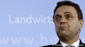 Hans-Peter Friedrich announcing his resignation