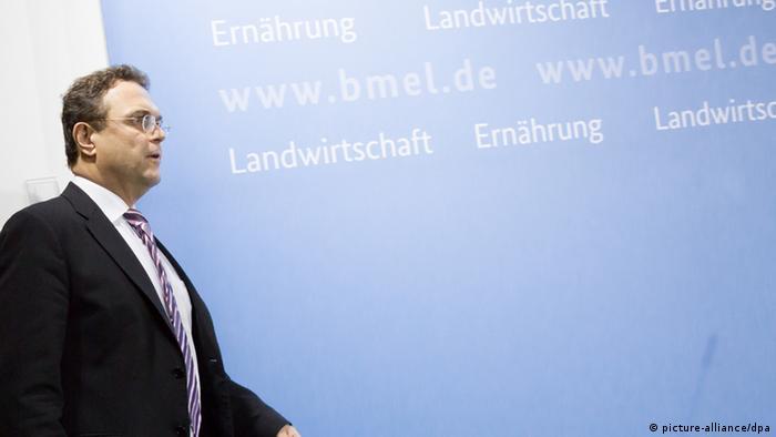Hans-Peter Friedrich gibt seinen Rücktritt bekannt