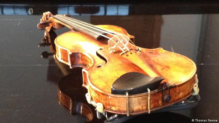 Close-up photo of the famous violin in question Photo: Thomas Senne