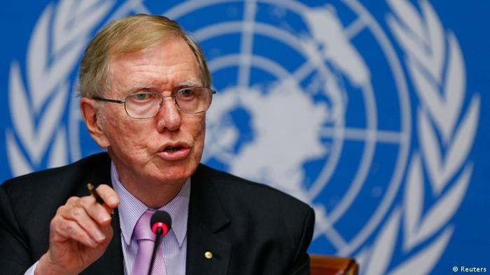 Michael Kirby, Chairperson of the Commission of Inquiry on Human Rights in North Korea gestures during a news conference at the United Nations in Geneva February 17, 2014.