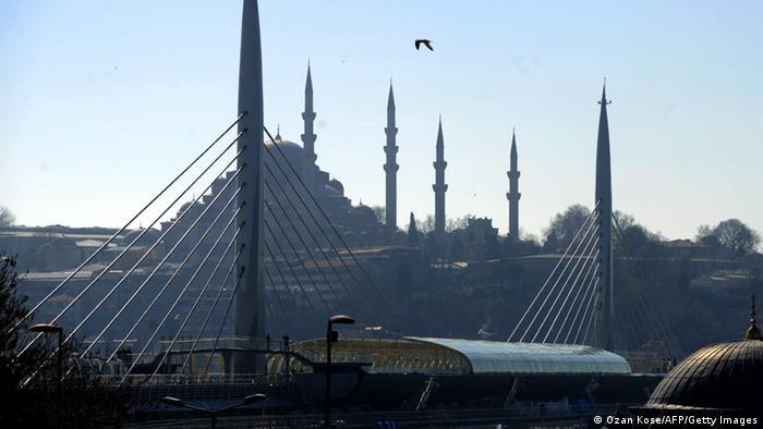 Symbolbild Türkei Amt für Religionsangelegenheiten Diyanet Moschee (Ozan Kose/AFP/Getty Images)