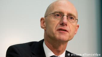 Oberstaatsanwalt Jörg Fröhlich - Foto: Julian Stratenschulte (dpa)