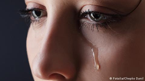 dicke augen vom weinen