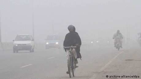 Pakistan Nebel in Lahore