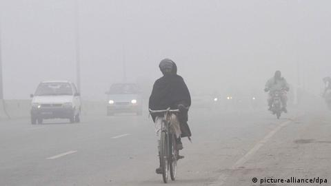 Pakistan Nebel in Lahore