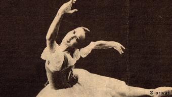 صحنهای از رقص هاله چنگیزیان در دوران پیش از انقلاب اسلامی