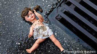 Symbolbild Misshandlung und Missbrauch von Kindern
