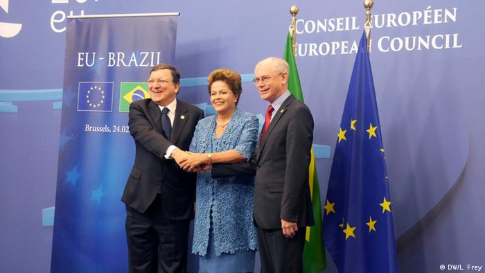 Brazil's President Dilma Rousseff, European Council President Herman Van Rompuy and European Commission President Jose Manuel Barroso in a press photo (c) DW/L Frey